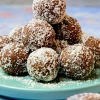 gluten free chocolate coconut balls